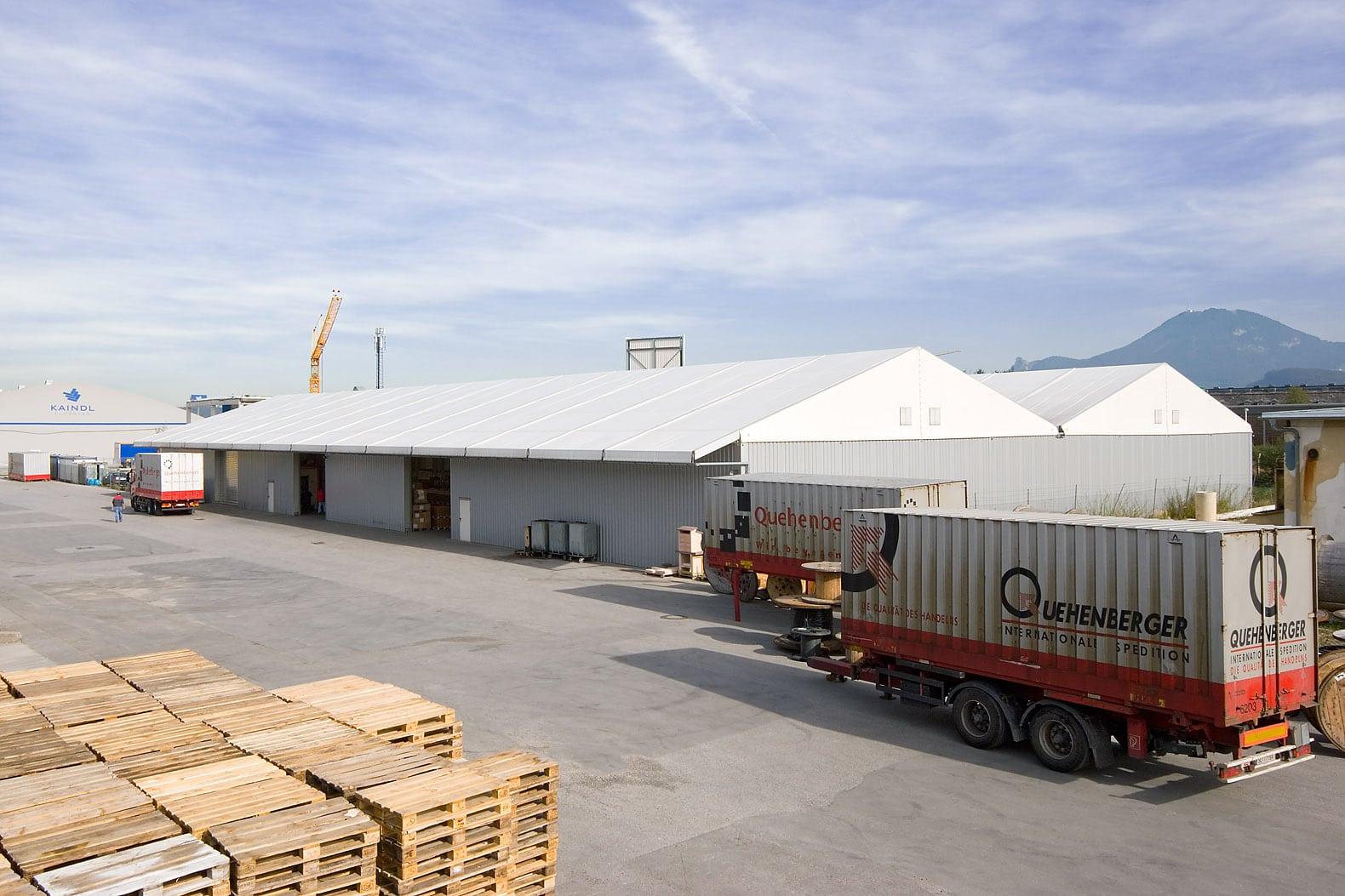 Industrie und Lagerzelte
